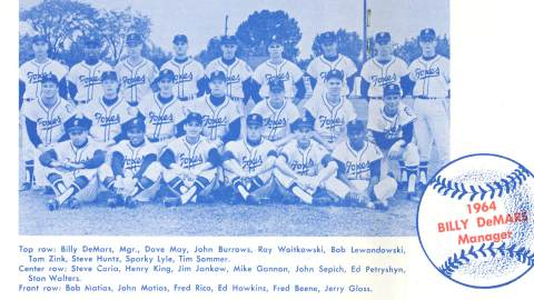 Team photo of the 1964 Fox Cities Foxes.