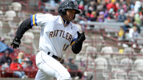 Reggie Keen in action during the 2011 Timber Rattlers season.